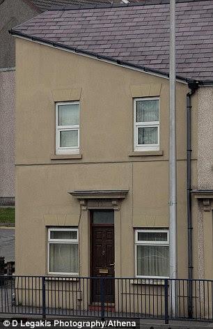 house that looks like hitler. Hitler House