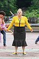 rebel wilson screams while filming 02