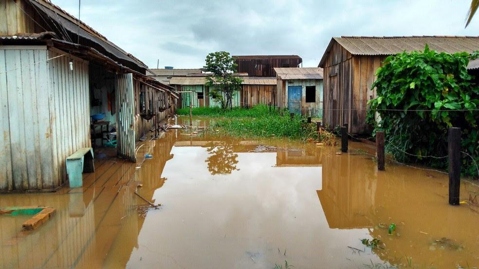 Comunidade alagada após chuva em Altamira; cidade paraense lidera rankig dos municípios mais violentos do Brasil (Foto: Mário de Paula / TV Liberal)