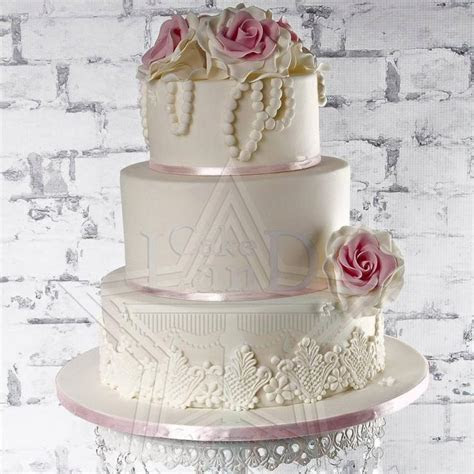 List of The Best Wedding Cake Shops in Dubai   Arabia Weddings