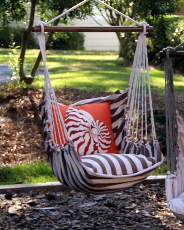 DIY Tree Swing Ideas For More Family Time (36)