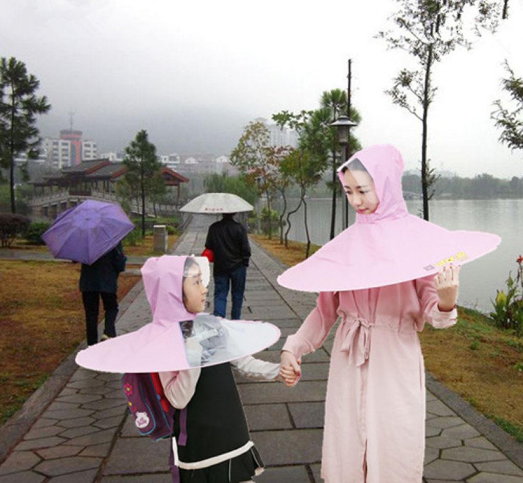 Esta capa-guarda-chuva chinesa é a mais recente inovação para se manter enxuto 06