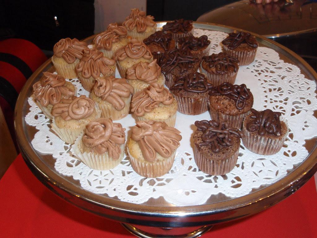 Kumquat Cupcakery mini cupcakes