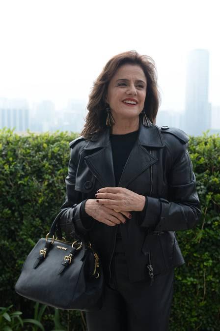 Fanny: ex-modelo bem-sucedida e dona da agência do book rosa, é amoral e faz tudo por dinheiro