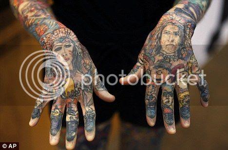 wanita dengan tatto terbanyak di dunia