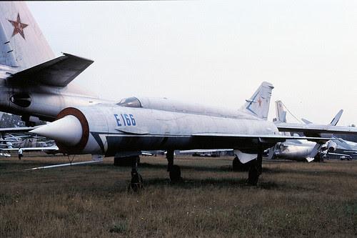E166 Ye-152