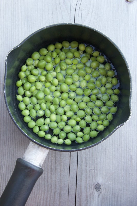 How To Cook Fresh Peas - The Culinary Chase