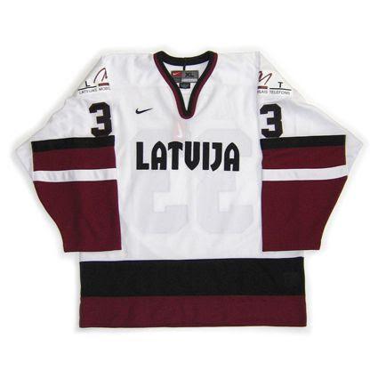 photo Latvia 2004 WC F.jpg