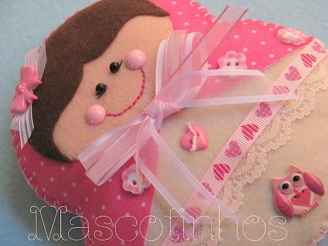 Doll by Mascotinhos em Feltro