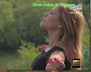 Sónia Araujo sensual no programa Danças do Mundo