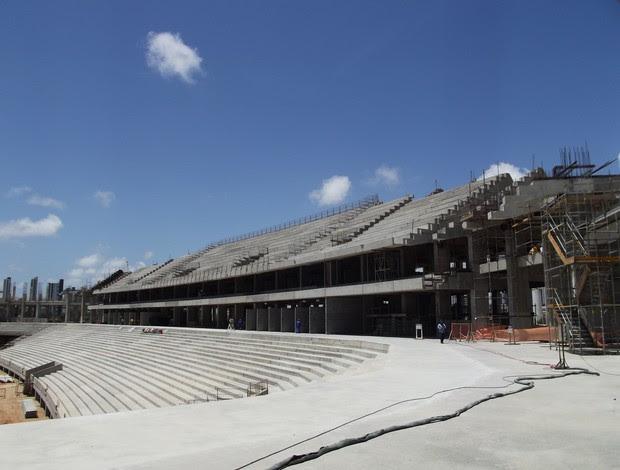 Setor Oeste de arquibancadas da Arena das Dunas, em Natal, entra na fase de acabamentos (Foto: Jocaff Souza)