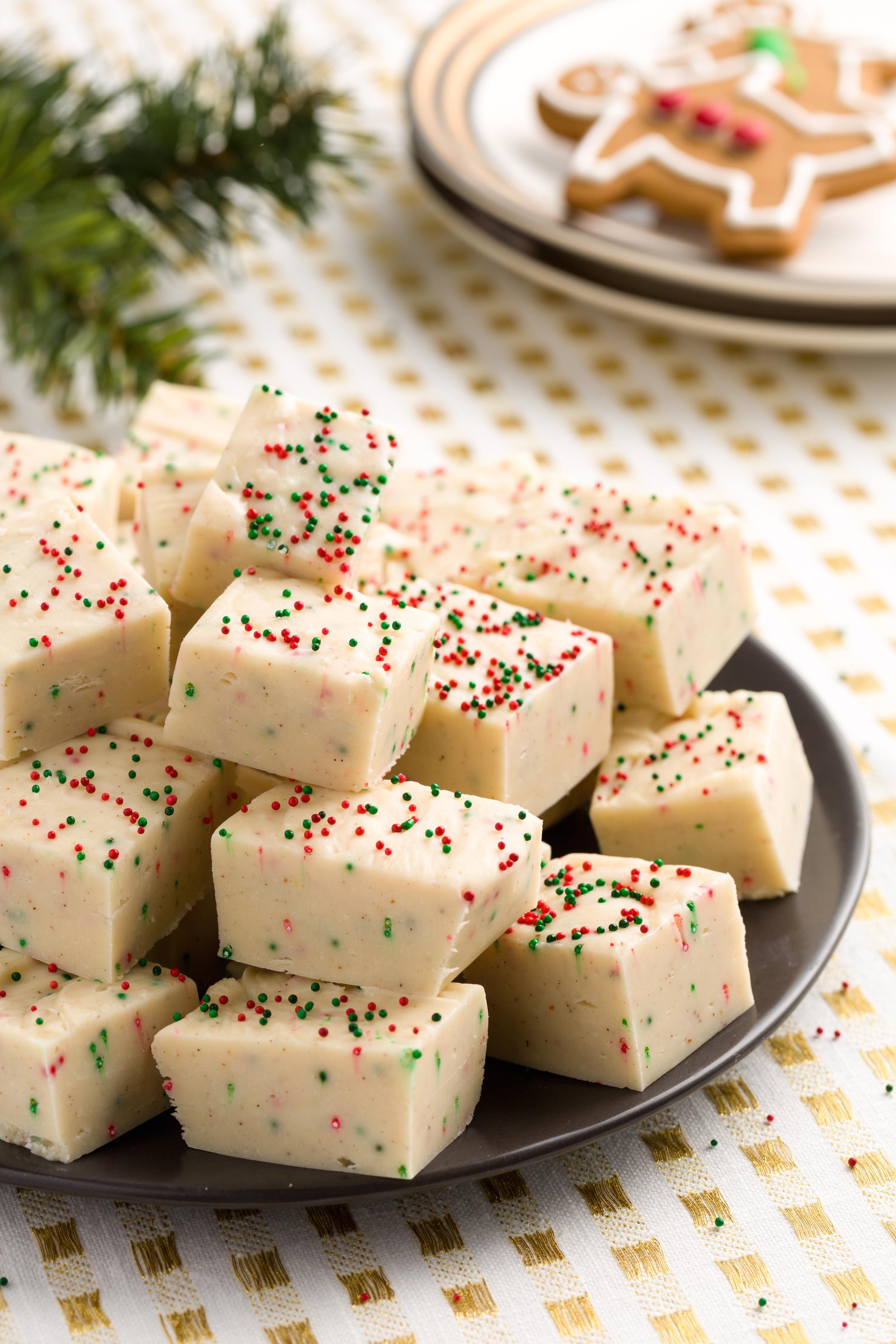 18 Easy Homemade Christmas Candy Recipes - How To Make ...