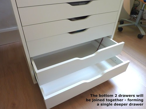 The bottom 2 drawers to join up