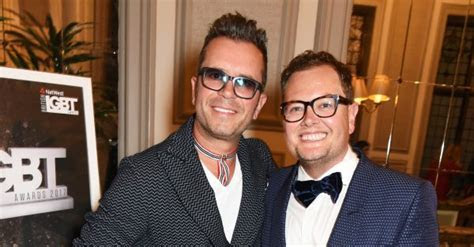Alan Carr gets married to long term boyfriend in LA   OK