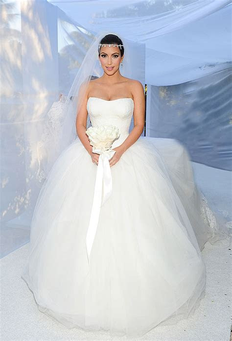 Amazing Celebrity Wedding Dresses   Pretty Weddings
