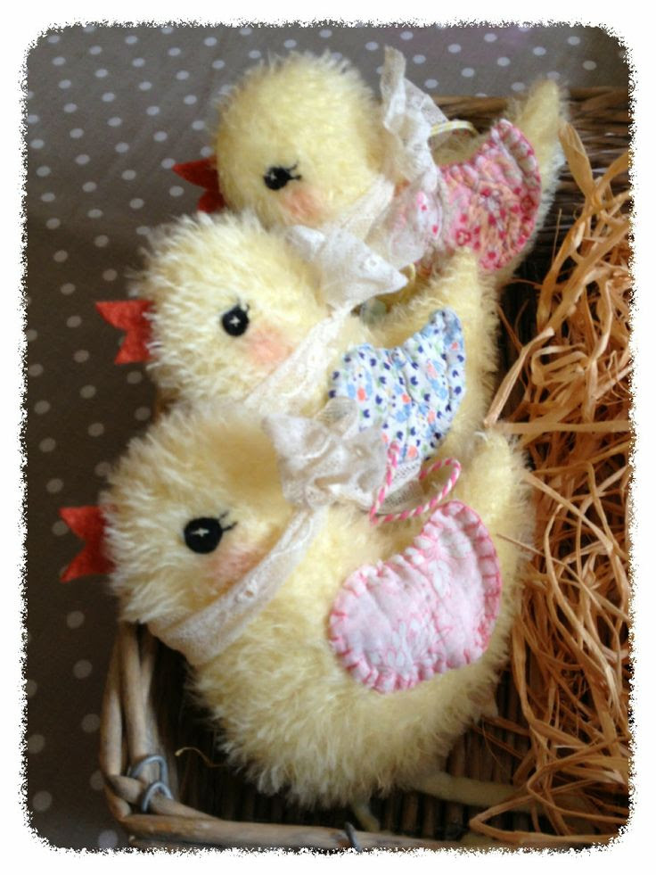 the vanilla squirrel: .....fluffy chicks......