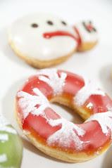 Snow Cranberry, Holiday Dozen Box, Krispy Kreme Doughnuts, Shinjuku