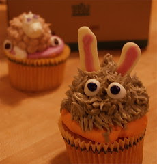 Oscar the Grouchy Bunny Cupcake