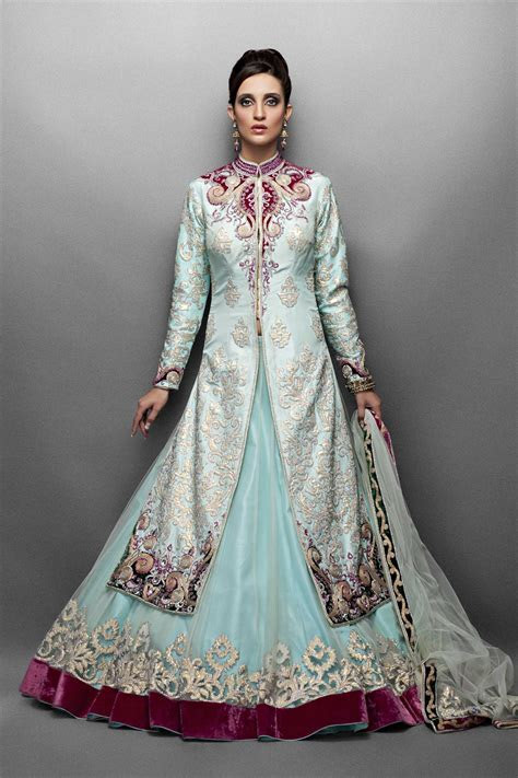 3 jacket lehengas designs for brides 5   HijabiWorld