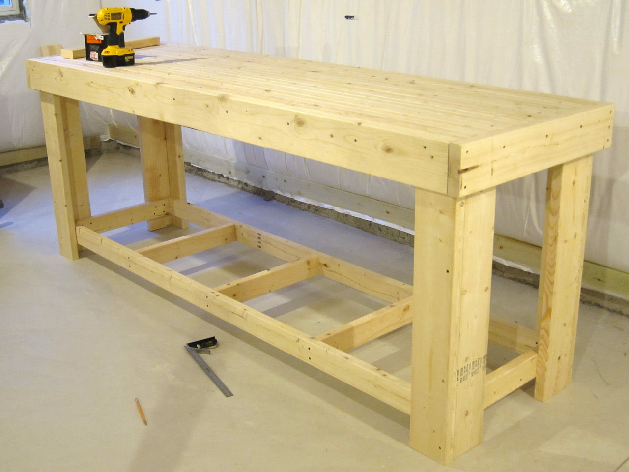 2x4 Woodworking Bench - Easy DIY Woodworking Projects Step ...