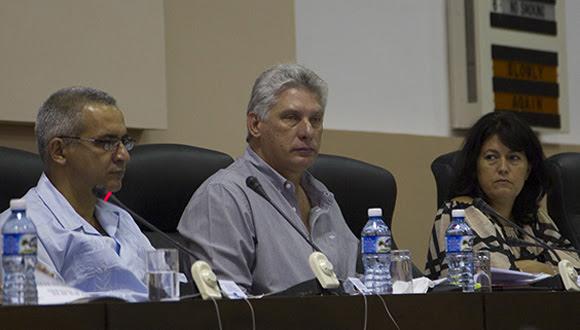 Asiste Miguel Díaz-Canel a Comisión de Educación, Cultura, Ciencia, Tecnología y Medio Ambiente. Foto: Ismael Francisco/ Cubadebate
