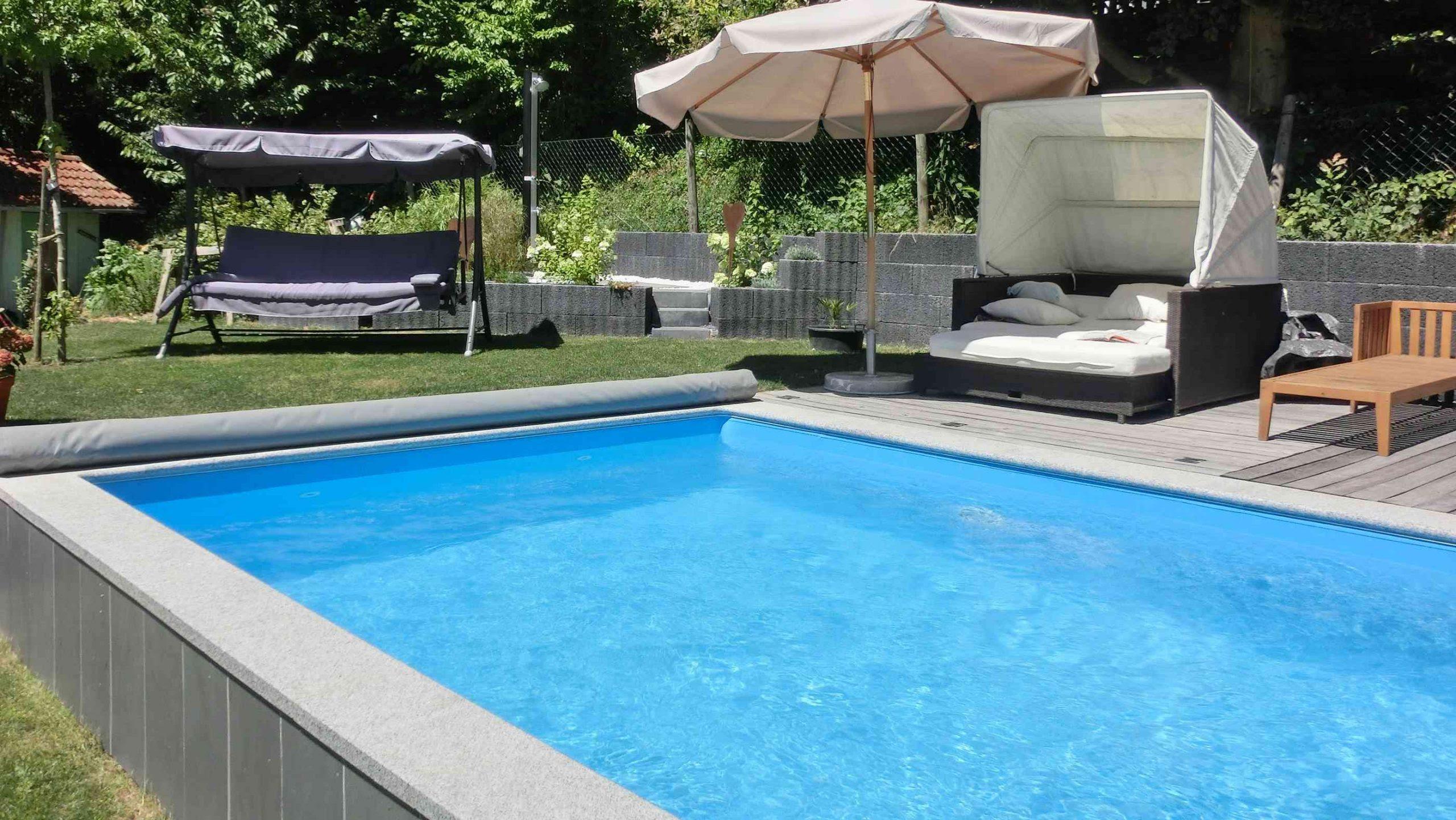 pool im garten bauen lassen kosten genehmigung selber