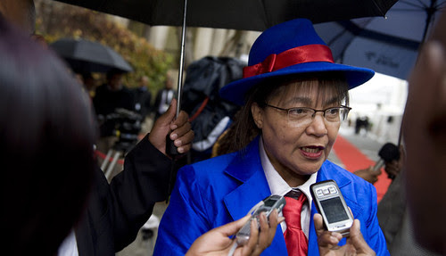 Cape Town, South Africa Mayor Patricia de Lille says that no one can live in government rental units who is involved in criminal activity. An investigation is currently underway. by Pan-African News Wire File Photos
