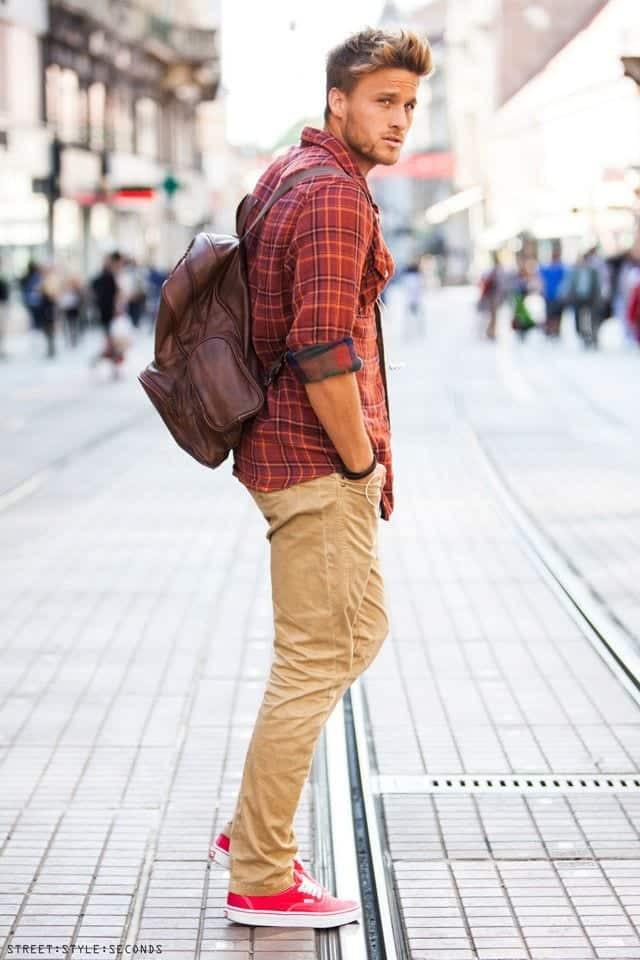 khakhi pants outfit ideas4