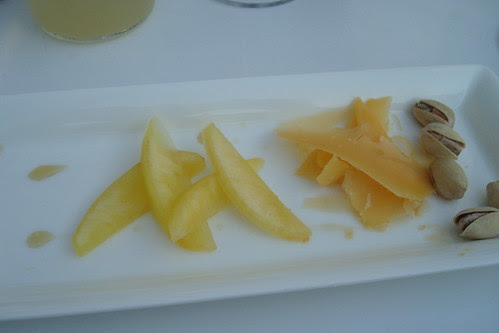 Wonderful Pistachios, Aged Gouda, Gala Apple Wedges Drizzled with Lavender Honey