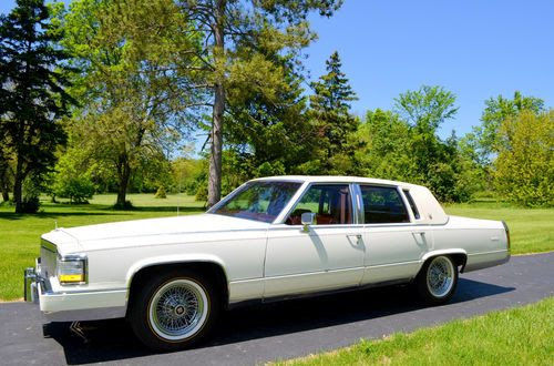 Sell used 1992 Cadillac Fleetwood Brougham d'Elegance in ...