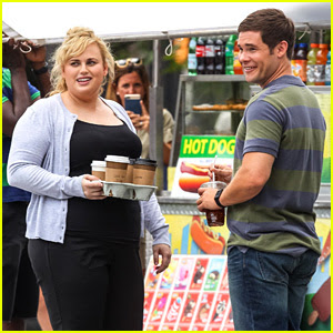 Rebel Wilson & Adam DeVine Film New 'Isn't It Romantic' Scenes