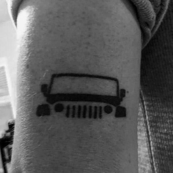 Tatuagens de jipe para cavalheiros