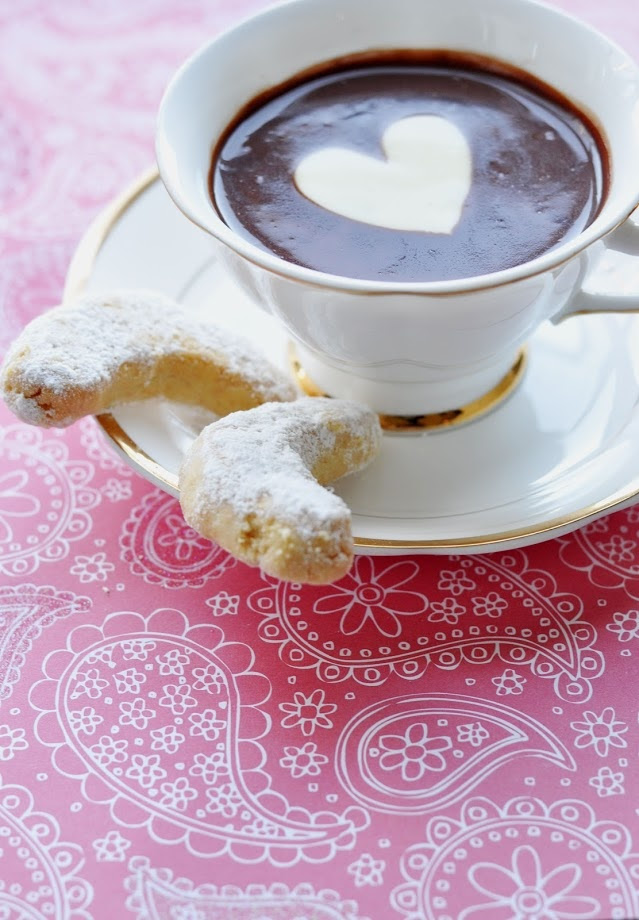 Almond Crescent Cookies with Italian Hot Chocolate