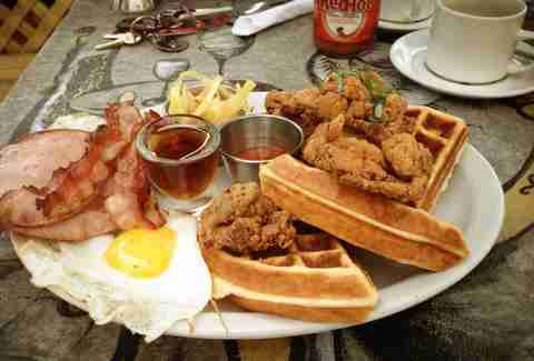 Best Restaurants & Breakfast Places In Montreal Near Me to ...