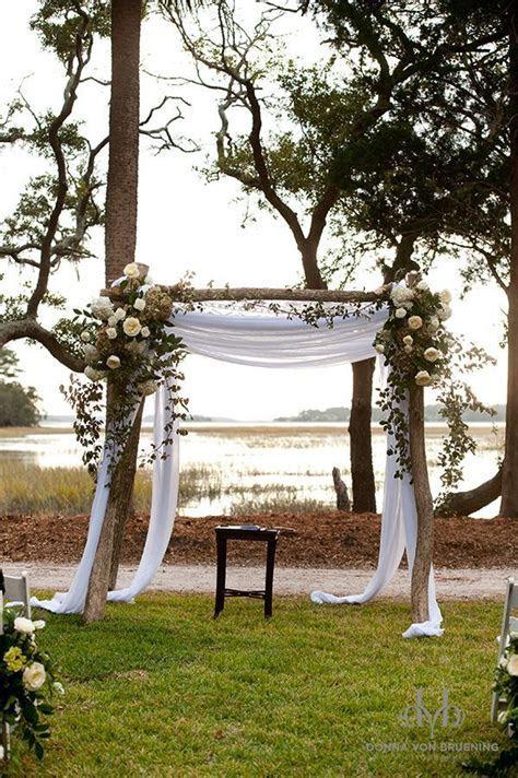 Best 25  Rustic wedding arbors ideas on Pinterest