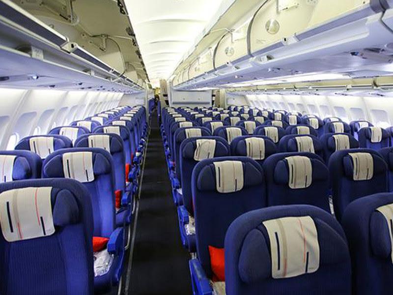 Asientos en avion de linea aerea