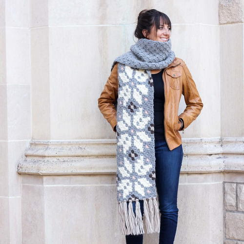 The Winter Wanderer Super Scarf