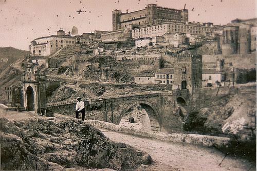 Puente de Alcántara y Restos del Artificio de Juanelo
