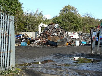 English: Scrap yard, Oak Lane, Kingswinford No...