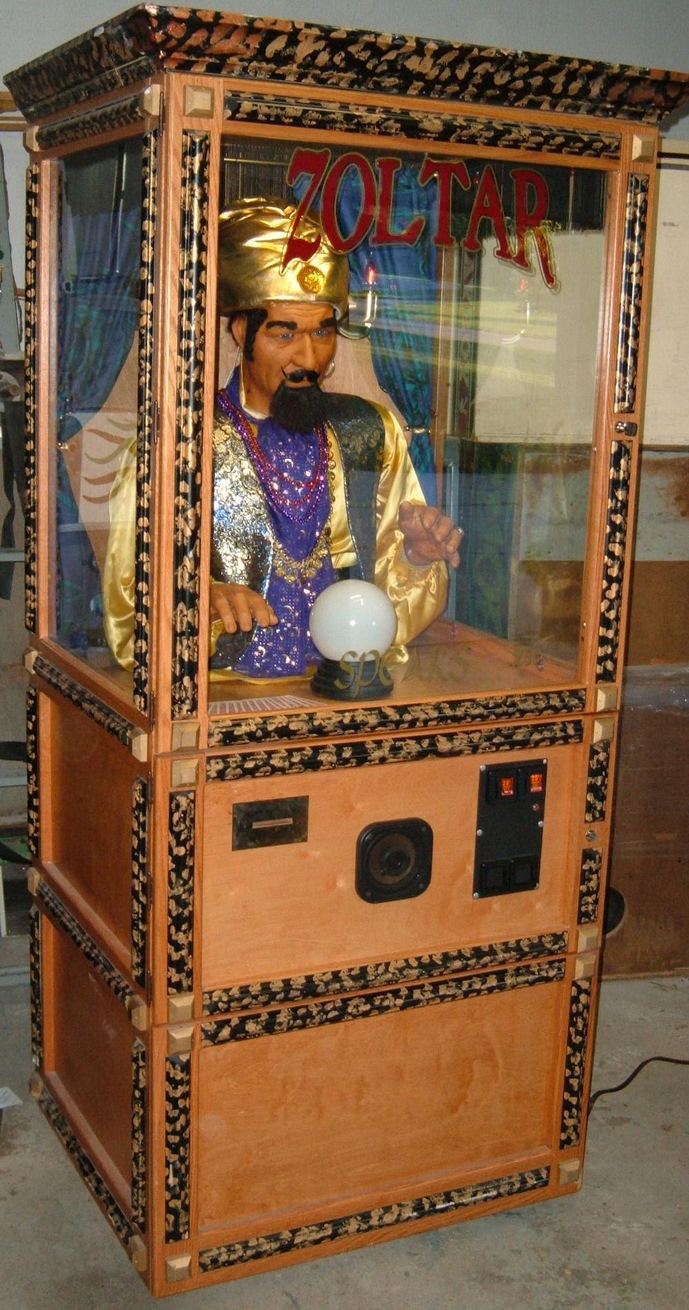 Ігровий автомат Fortune Teller.Погадати у циганки-гадалки і передбачити свою долю можна на ігровому автоматі Fortune Teller, який має п'ять барабанів та 30 ліній для виплат.Вязьма