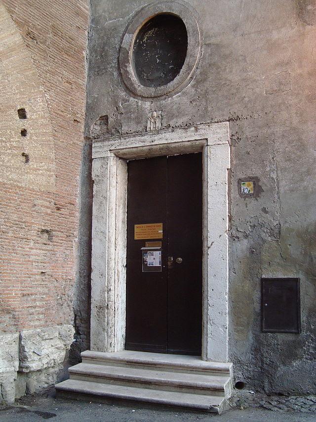 Entrée rue de l'Eglise Saint Thomas i Formis.JPG