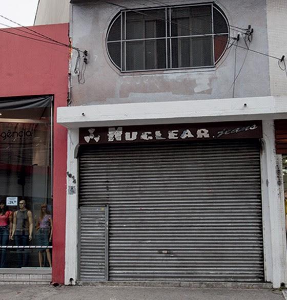 A loja em que Firas Allameddin é sócio de outro suspeito  (Foto: Rogério Cassimiro/ÉPOCA)