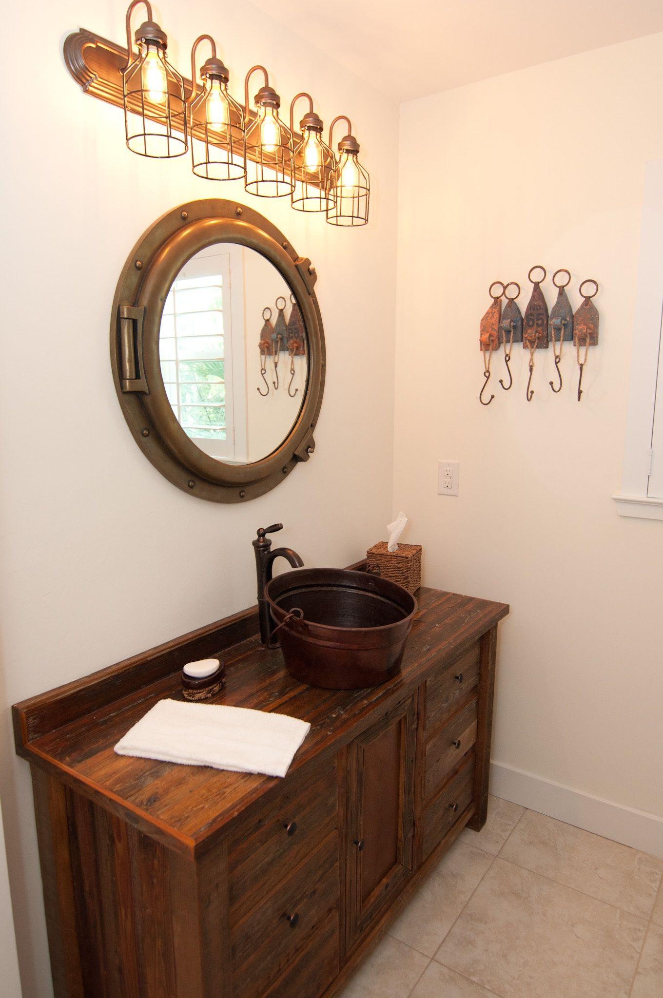 Nautical bathroom | Nautical Ideas | Pinterest