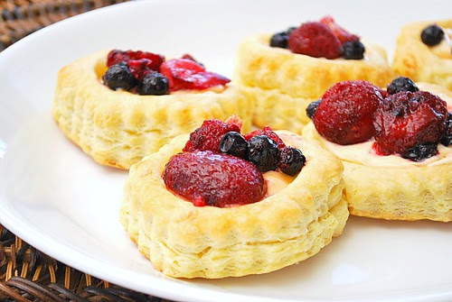 Berry Topped Pudding Tarts