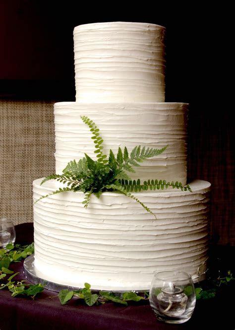 Wedding Cake: Beautiful White Wedding Cakes In Various