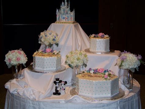 Disney Wedding Cake   Your Fairytale Wedding