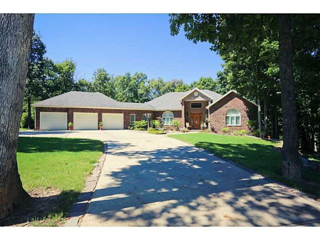 7949 Fairway Dr, Rogers, AR 72756  Home For Sale and Real Estate Listing  realtor.com®