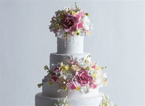 The True Cost of Wedding Cakes   F&B Report Magazine