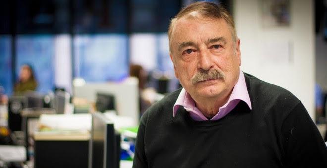 Ignacio Ramonet, en la redacción de 'Público'. - CHRISTIAN GONZÁLEZ