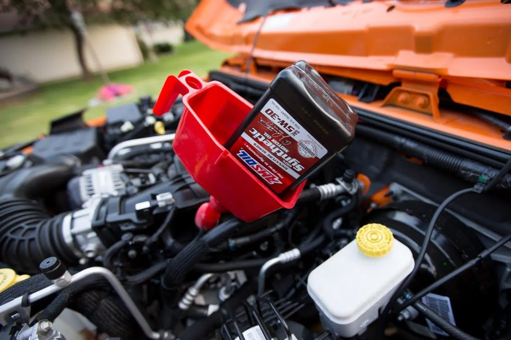 Special car repair manual 2017 the engine filler cap insert a funnel and pour in 6 quarts fandeluxe Choice Image